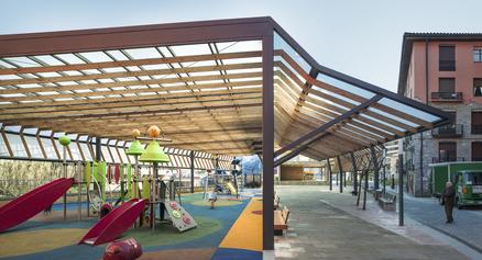 Exemple: Coberta del Parc Maala